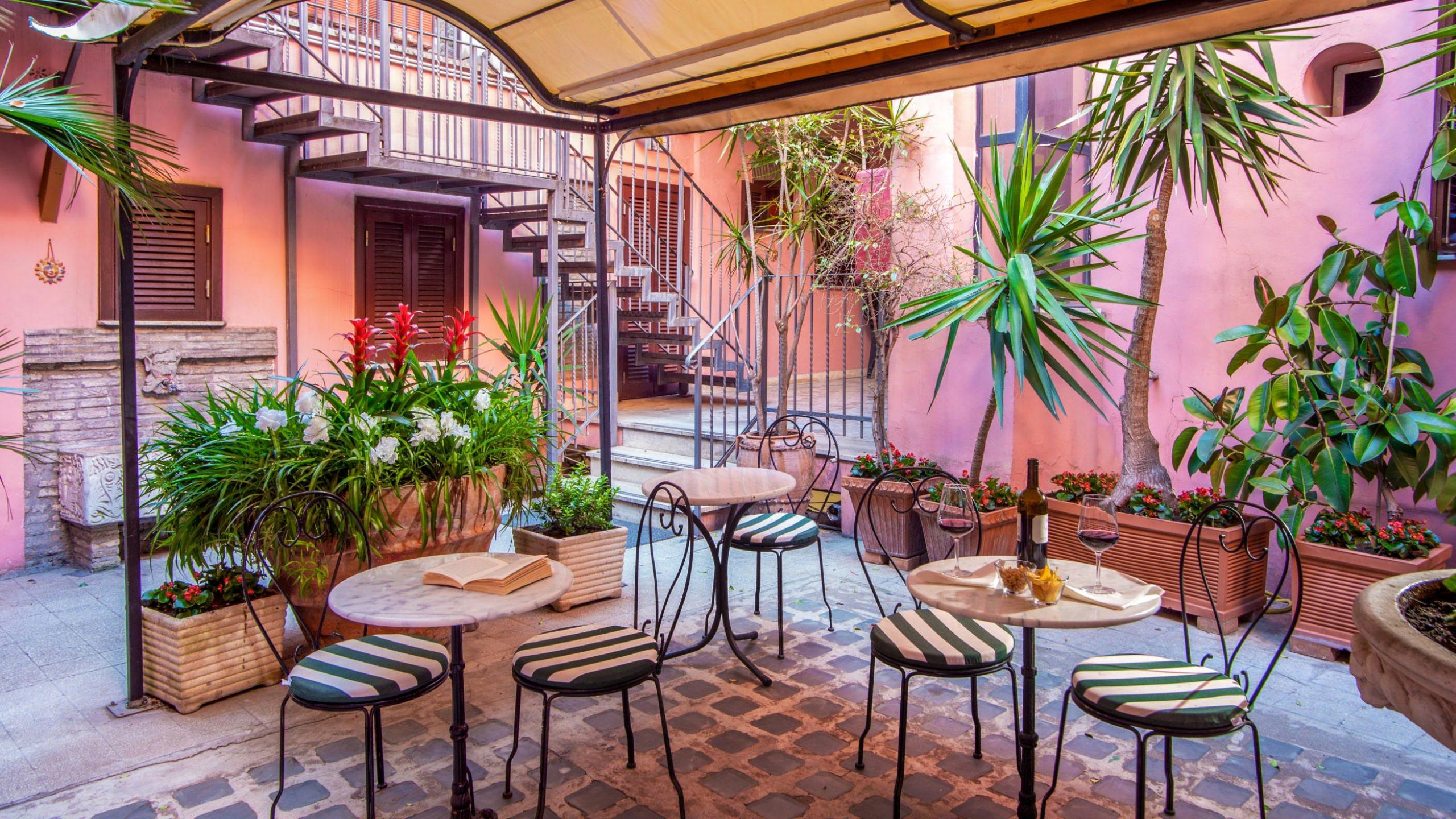 hotel-sole-roma-esterna13