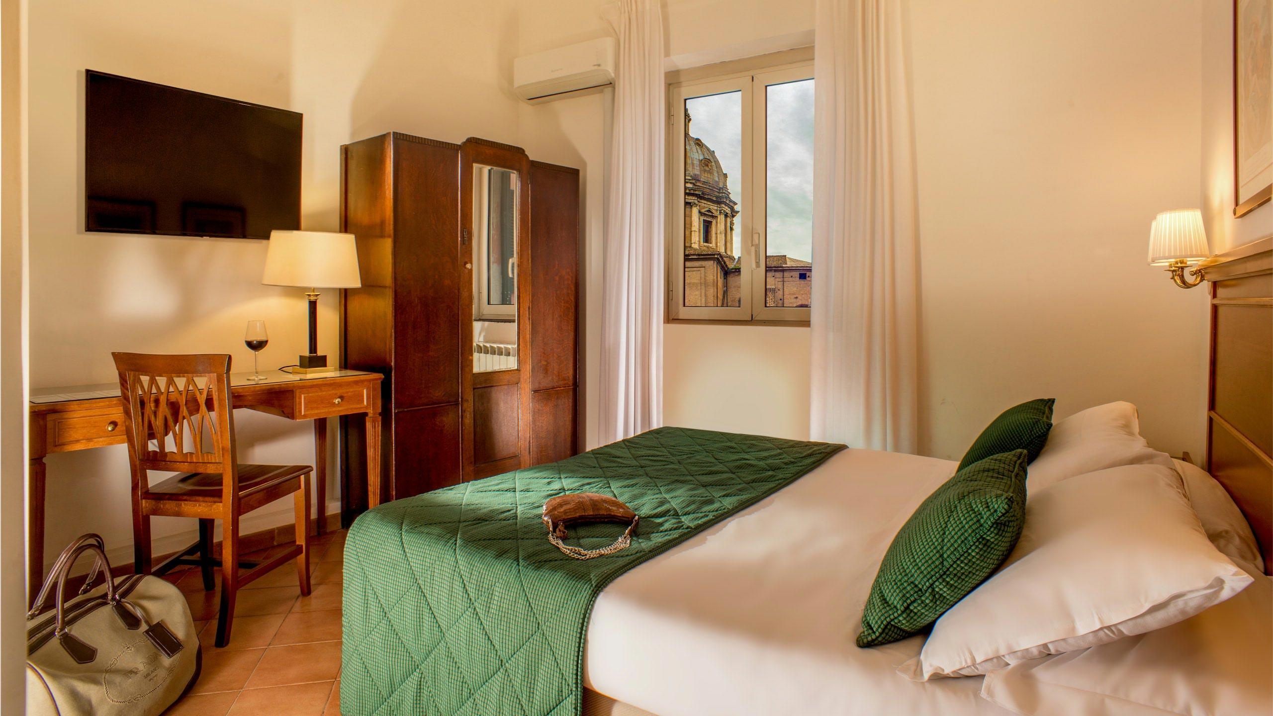 hotel-sole-roma-habitacion10