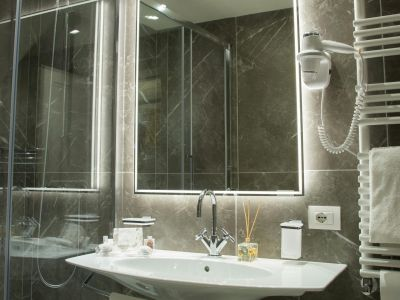 HOTEL-CHIOLO-SALVO-10.jpg