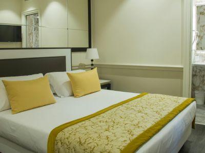 HOTEL-CHIOLO-SALVO-3.jpg