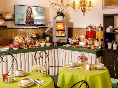 hotel-sole-rome-breakfast04
