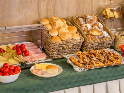 hotel-sole-rome-breakfast05