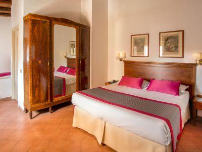 hotel-sole-roma-habitacion06